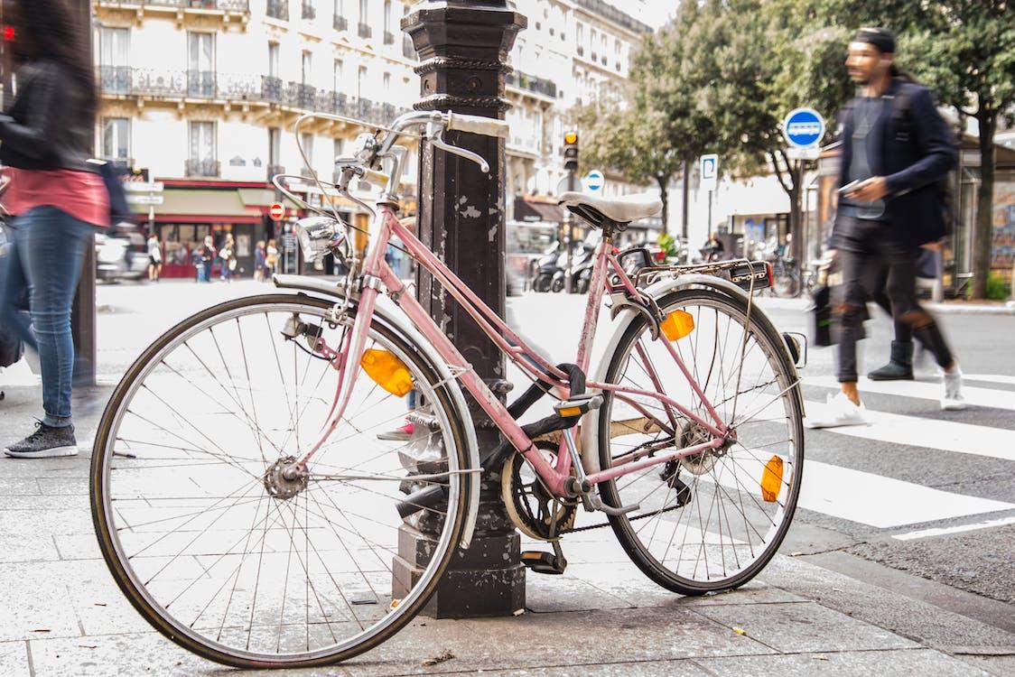 Photos gratuites de bicyclette, chaussée, citadin
