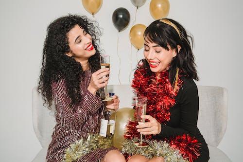 Imagine de stoc gratuită din aduna, alcool, Anul Nou, auriu