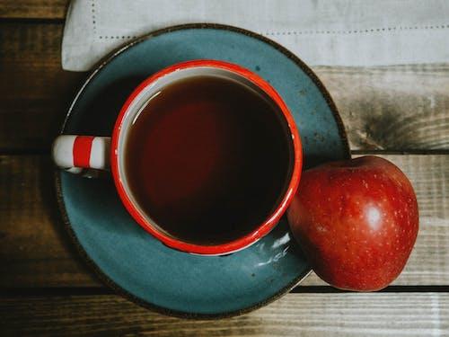 Бесплатное стоковое фото с apple, атмосфера, блюдце