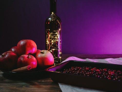 Бесплатное стоковое фото с apple, атмосфера, бутылка