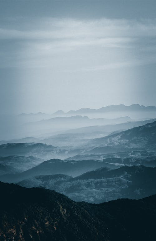 Δωρεάν στοκ φωτογραφιών με από πάνω, βουνό, ομίχλη