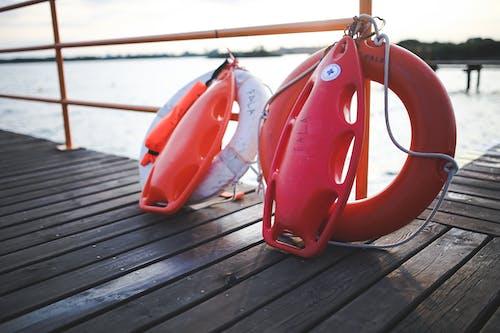 Kostnadsfri bild av brygga, hav, livboj, livräddare