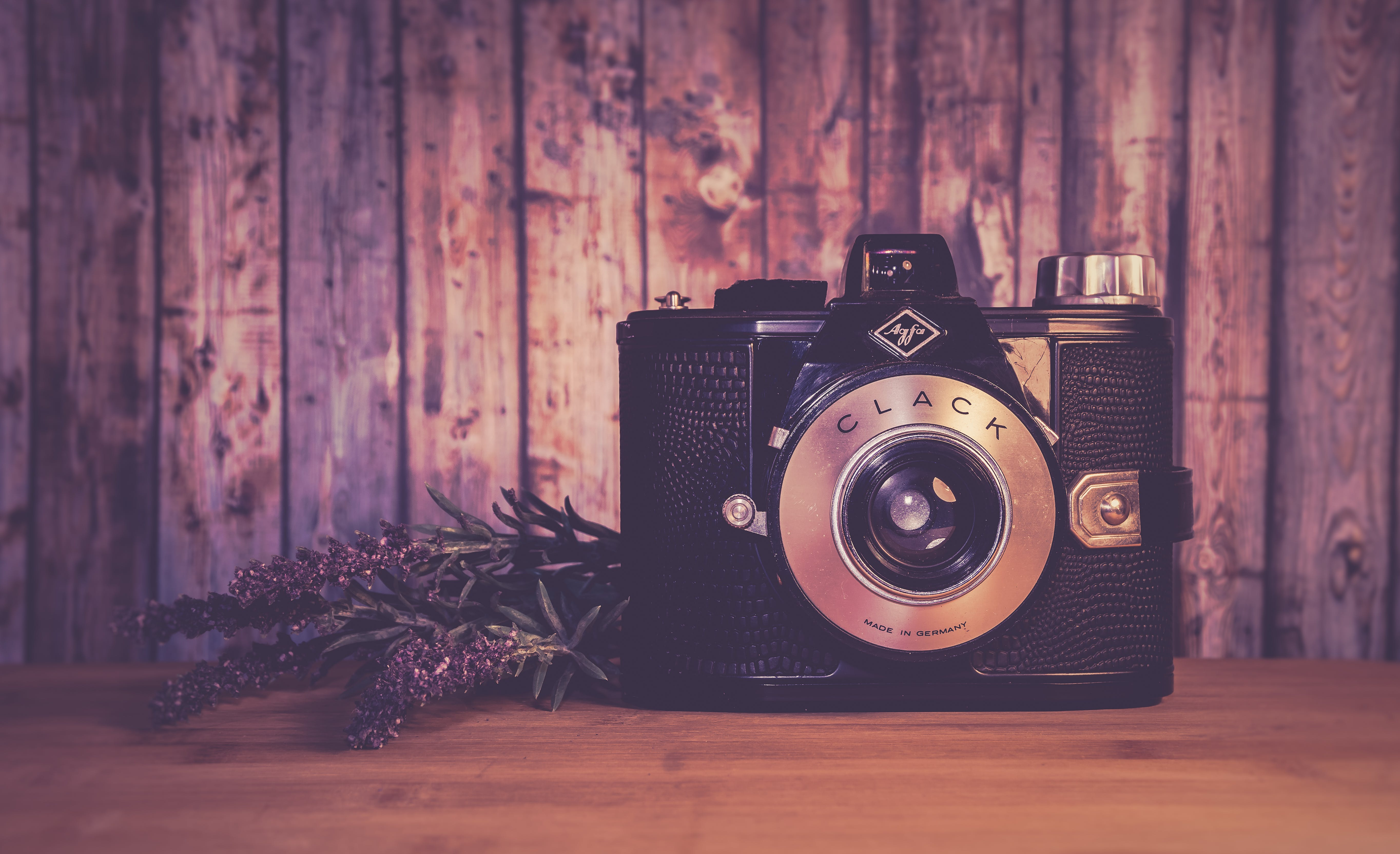Black Clack Camera