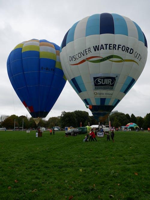 Foto d'estoc gratuïta de 56, 90, descobreix la ciutat de waterford, dos balloonons