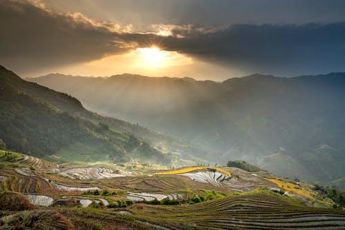 Kostenloses Stock Foto zu abhang, atemberaubend, berg