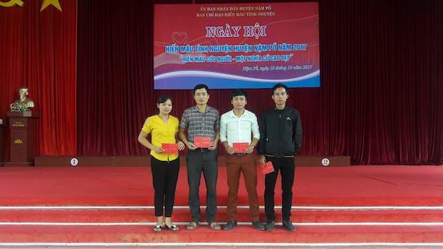 Tuổi trẻ Trường THPT Chà Cang hưởng ứng ngày hội hiến máu tình nguyện năm 2017 tại Huyện Nậm Pồ