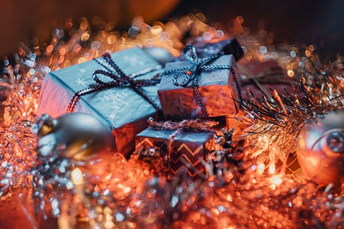 Gratis stockfoto met cadeaus, cadeautjes, detailopname