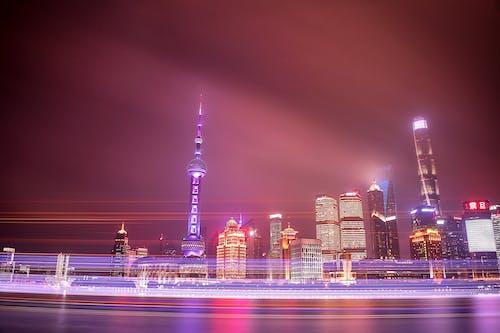 Foto profissional grátis de água, arquitetura, arranha-céus, centro da cidade