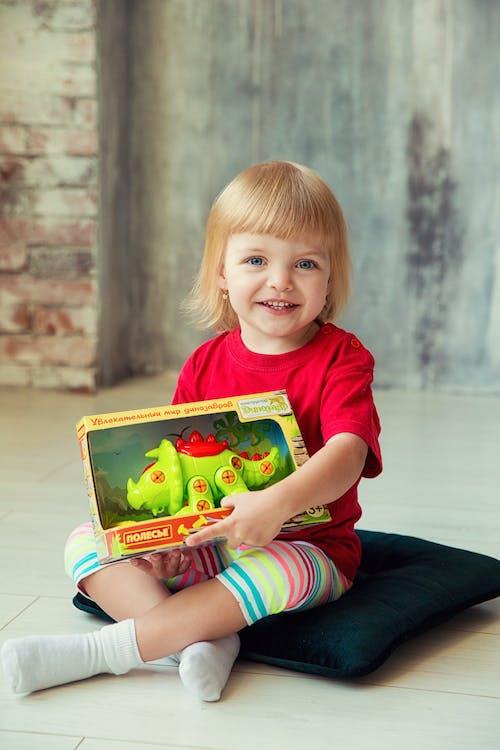Photos gratuites de à l'intérieur, adolescence, amusement, bébé