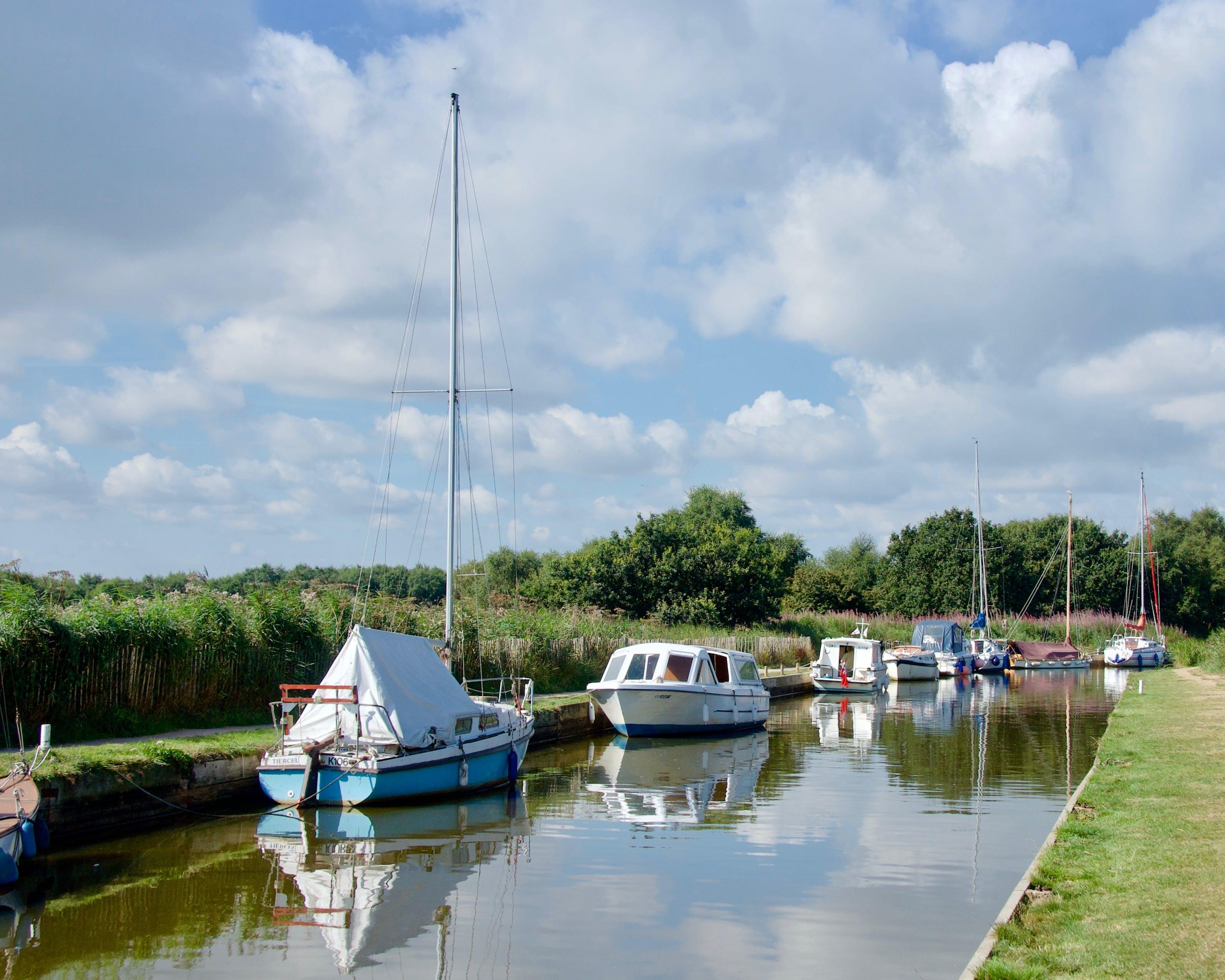 Free stock photo of boats, dyke, mooring, reflection