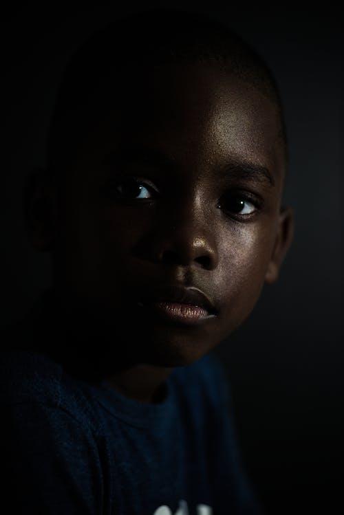 Ingyenes stockfotó afro-amerikai fiú, arc, árnyék témában