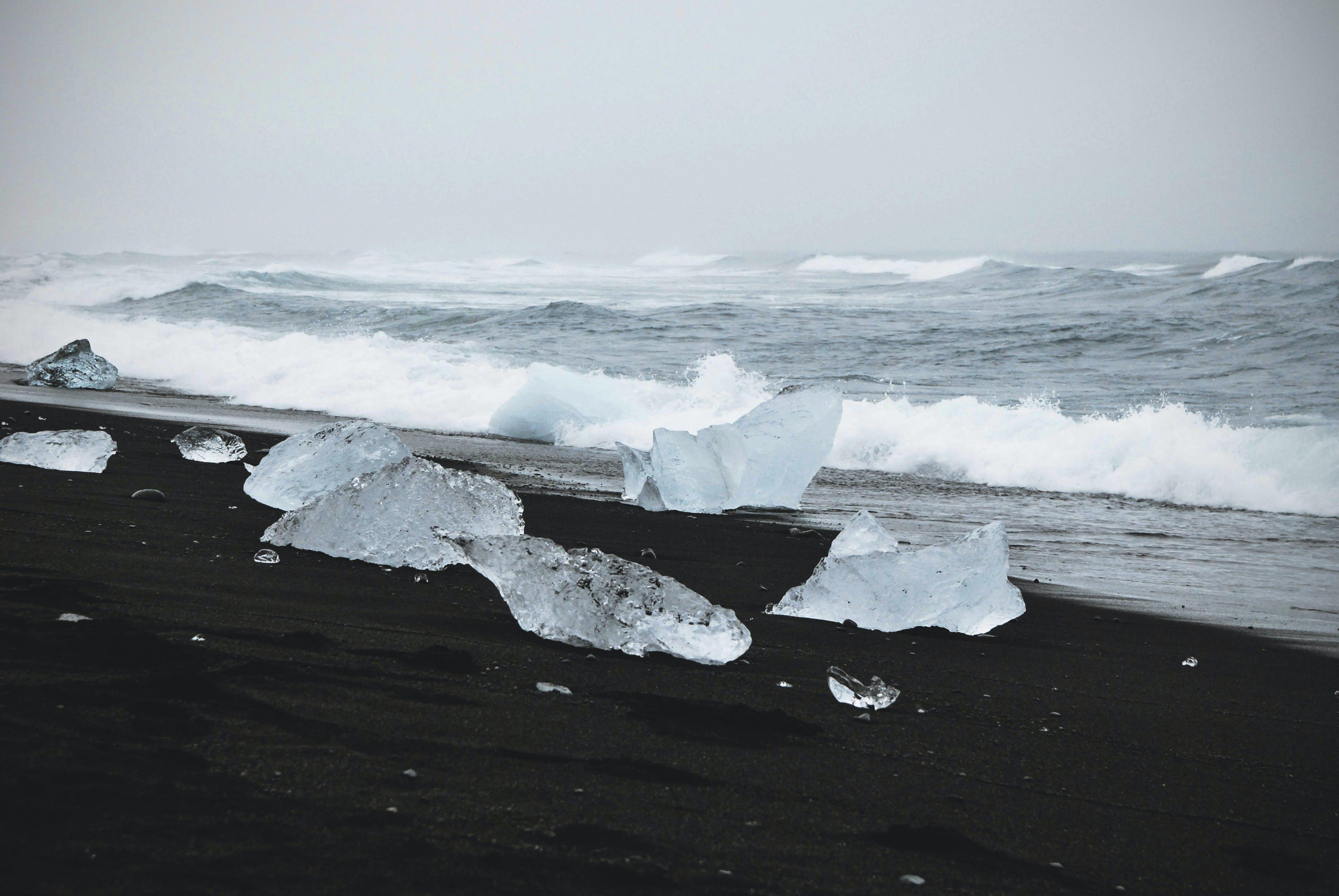 Fotos de stock gratuitas de agua, al lado del océano, arena, congelado