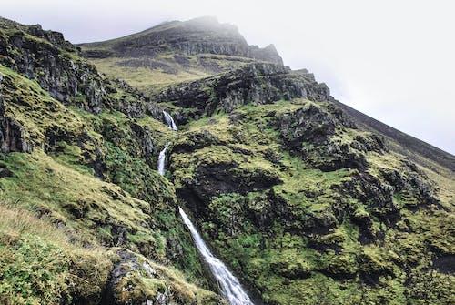 Fotos de stock gratuitas de agua, aventura, caminar, cascadas