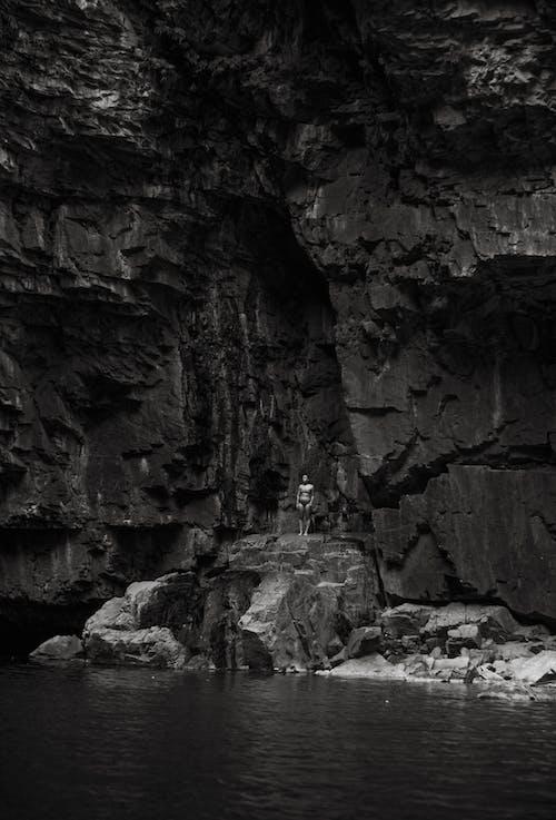 Foto d'estoc gratuïta de a l'aire lliure, aigua, clareja, cova