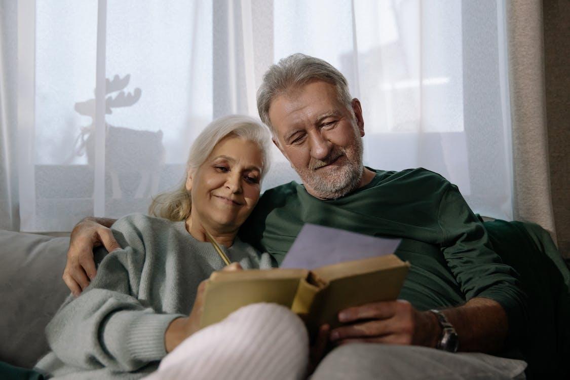 Dân số Canada già đi.