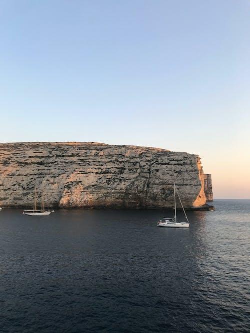 Základová fotografie zdarma na téma cestování, člun, kámen, krajina