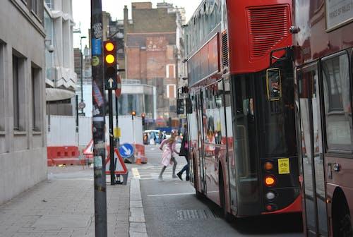 Základová fotografie zdarma na téma autobusy, Londýn, ulice