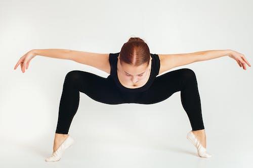 Kostnadsfri bild av balans, balett, ballerina