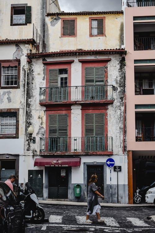 Imagine de stoc gratuită din arhitectură, bătrân, bloc de apartamente