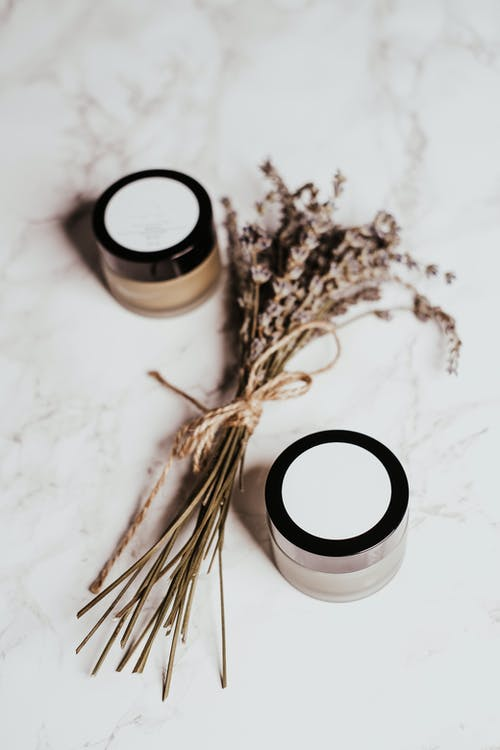 Brown Dried Leaves on White and Black Round Container
