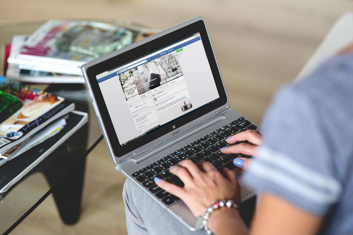 redes sociais contribuem para a comunidade