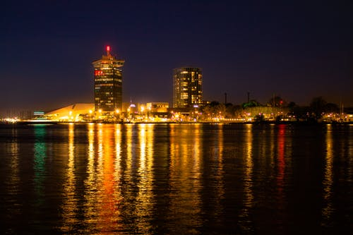 reflextion, 城市, 建築, 晚上 的 免费素材照片