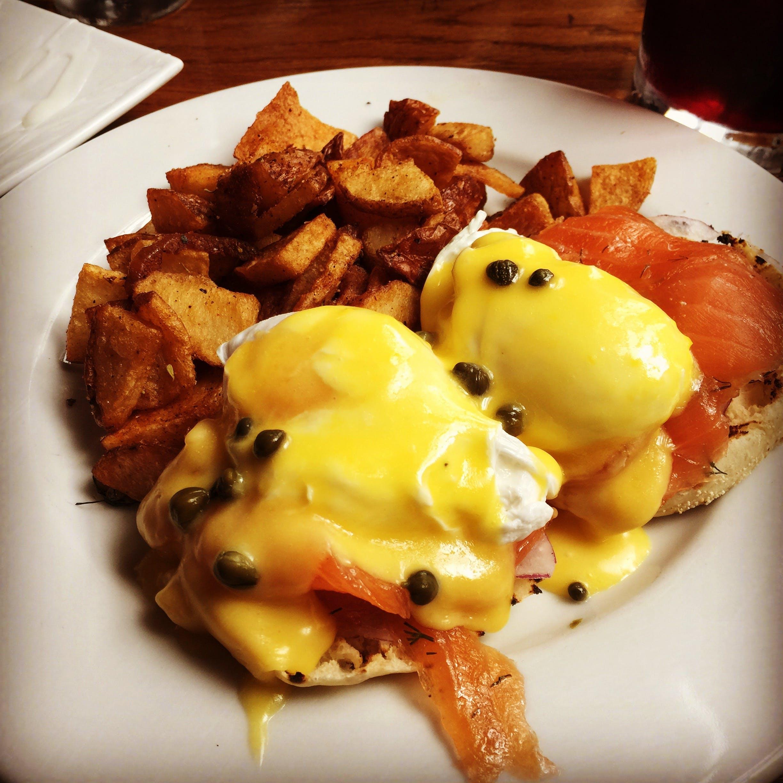 Benedict, breakfast, eggs