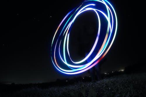 Ilmainen kuvapankkikuva tunnisteilla kentät, tumma, valomaalaus, värikäs