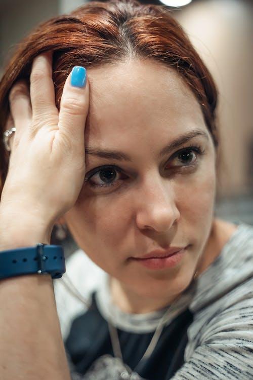 Immagine gratuita di donna di 30-35 anni, donna latina, volto di donna