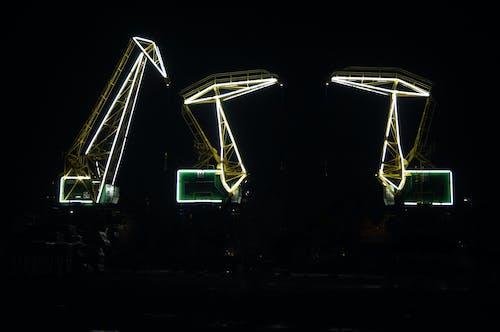 Kostenloses Stock Foto zu die glühbirne, große stadt, helles licht, industriell