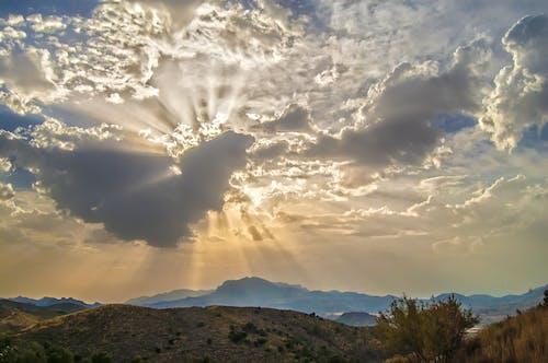 Darmowe zdjęcie z galerii z krajobraz, natura, pochmurne niebo
