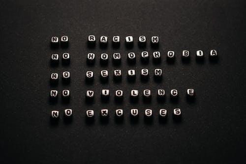 Black and White Letter P