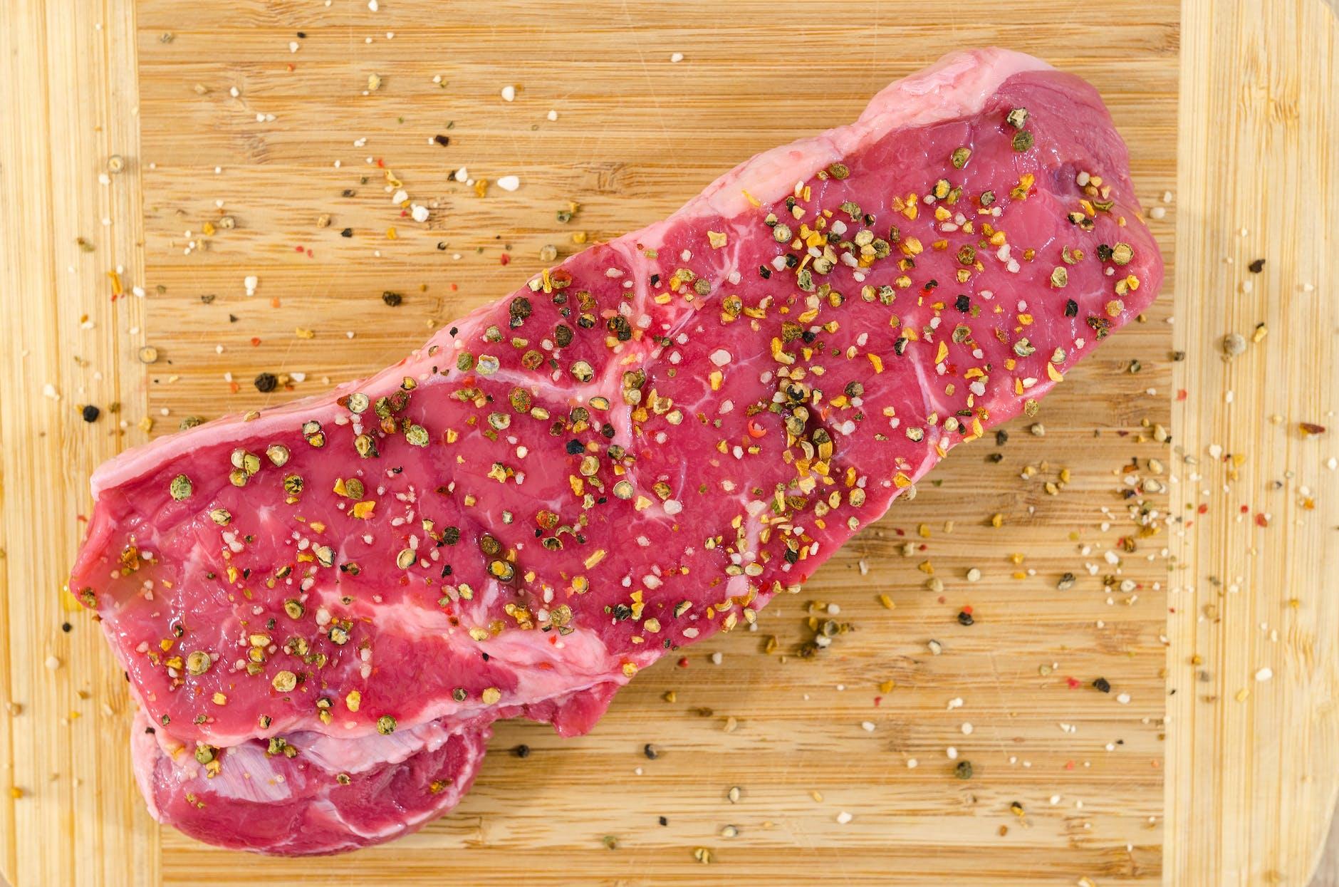 Tomahawk Steak Cut: