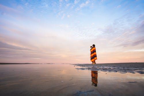 カラフル, シースケープ, ビーチの無料の写真素材