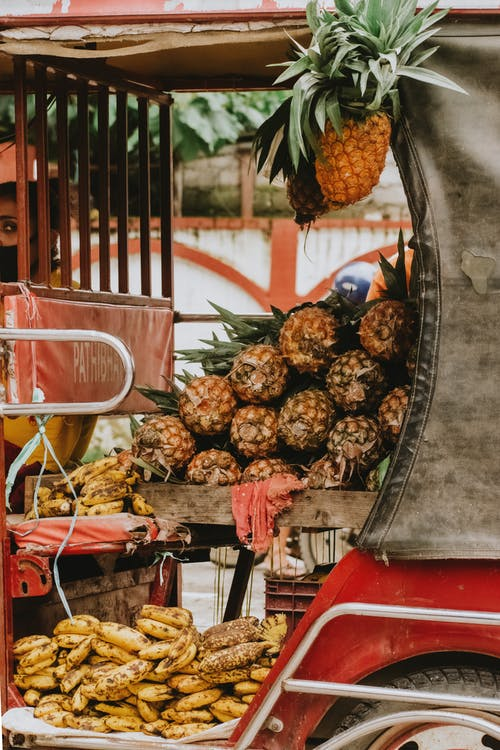 Δωρεάν στοκ φωτογραφιών με αγορά, ανανάδες, δρόμος