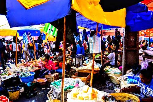 Безкоштовне стокове фото на тему «кольори, люди, Міський»