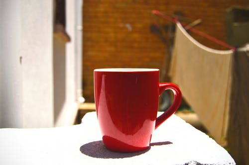 Kostenloses Stock Foto zu becher, rot, tee