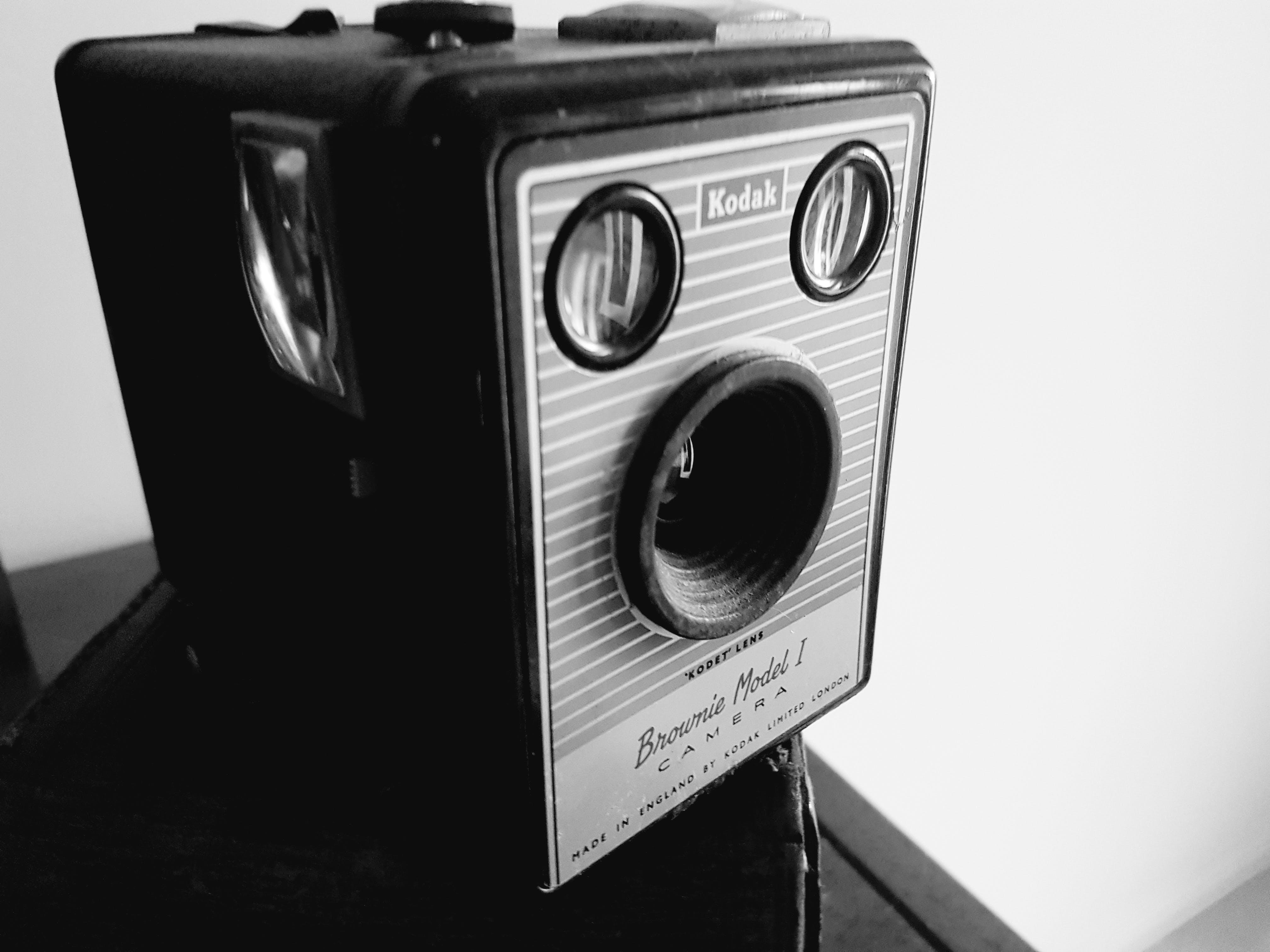 Free stock photo of black and white, black&white, brownie, camera