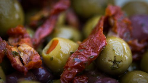 Gratis arkivbilde med hjemmelaget, oliven, paprika, uskarphet