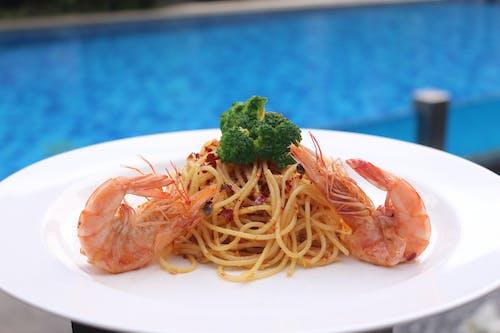 Free stock photo of spaghetti with shrimp