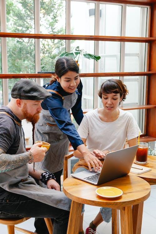 คลังภาพถ่ายฟรี ของ กลุ่ม, การทำงานเป็นทีม, การสนทนา