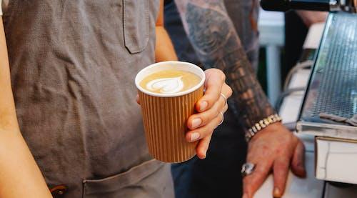 Δωρεάν στοκ φωτογραφιών με barista, cafe, αγνώριστος