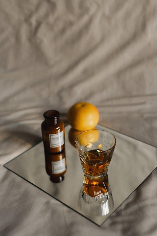 Ingyenes stockfotó ágy, alkohol, anyag témában