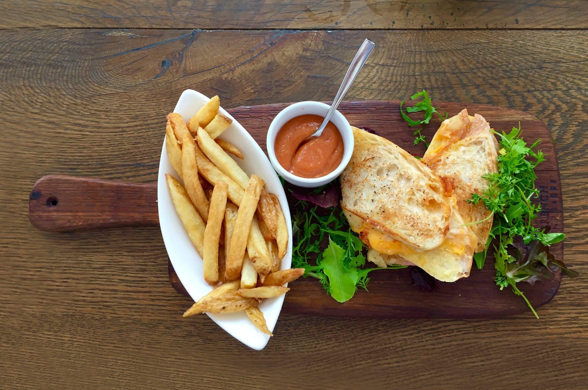 La transmisión en vivo es tendencia para aumentar la presencia de tu restaurante en internet