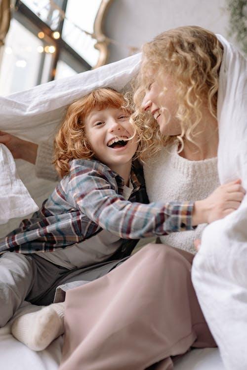 Ingyenes stockfotó aranyos, beltéri, család, cuki témában