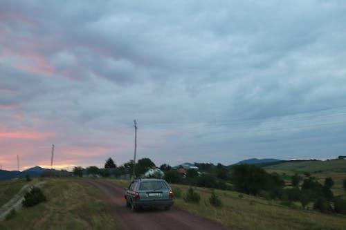 Fotos de stock gratuitas de bonito, cielo, cielo de la tarde, coche
