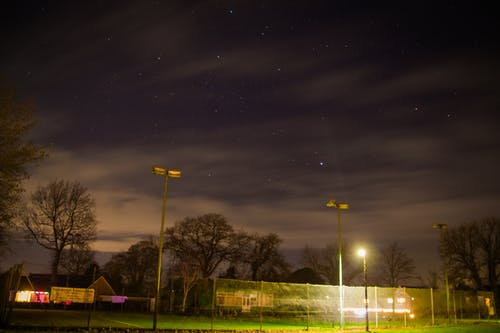 Immagine gratuita di campo da tennis, cielo, cielo notturno