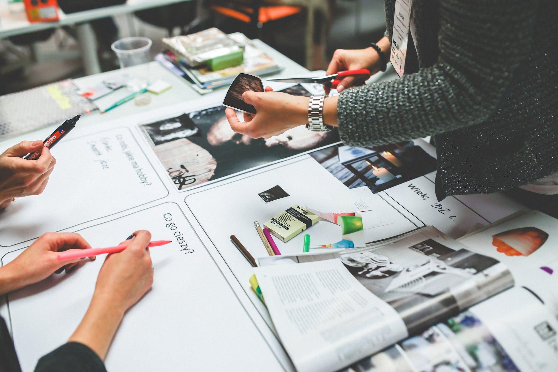 career in social media marketing - social media scheduler