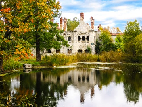 Free stock photo of castle, fall  leaves, mirror, old buildings