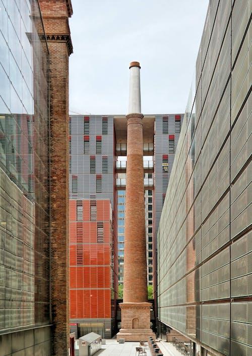 Foto profissional grátis de aço, ao ar livre, arquiteto